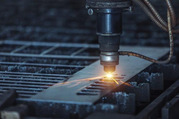 Cortadora CNC láser: Elige la adecuada para tu negocio.
