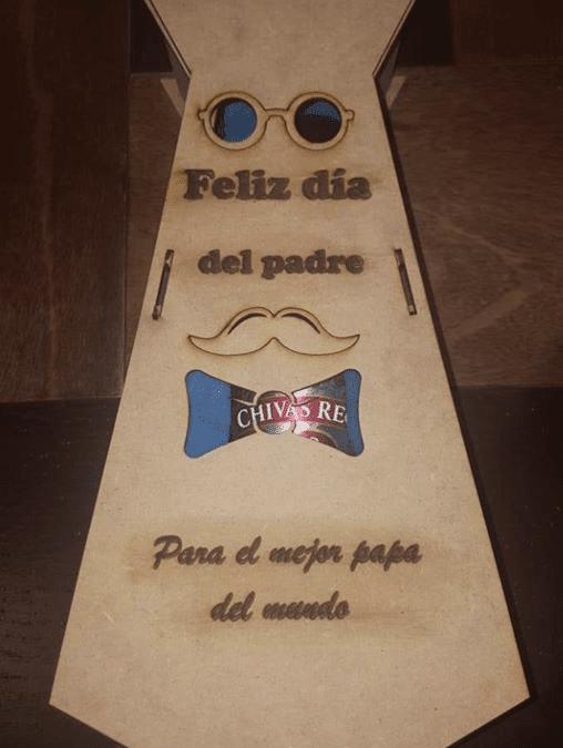 "Caja de corbata ""Feliz día"""